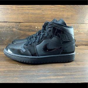 Air Jordan 1 Mid Womens Shoes
